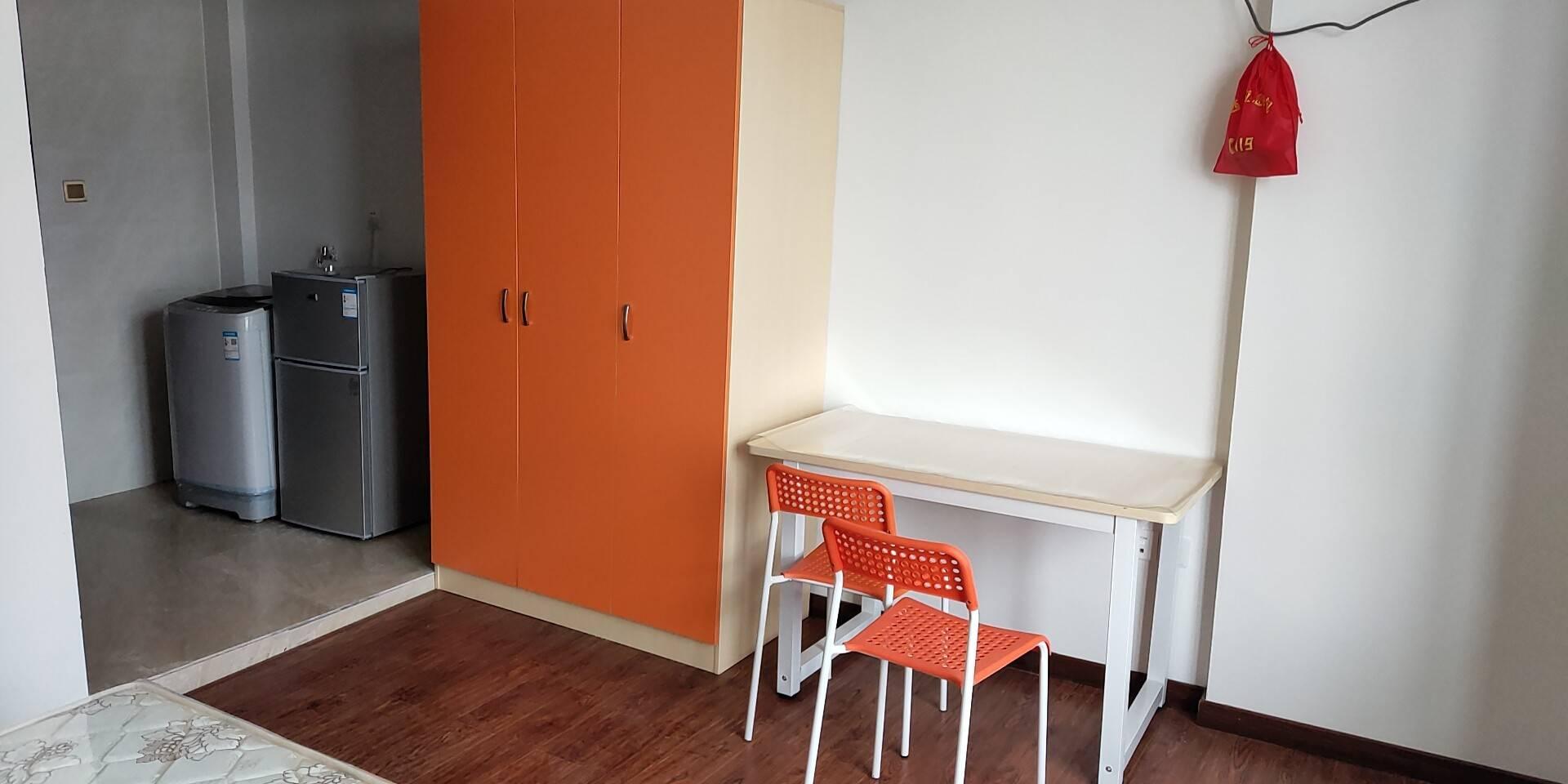 精装修单身公寓